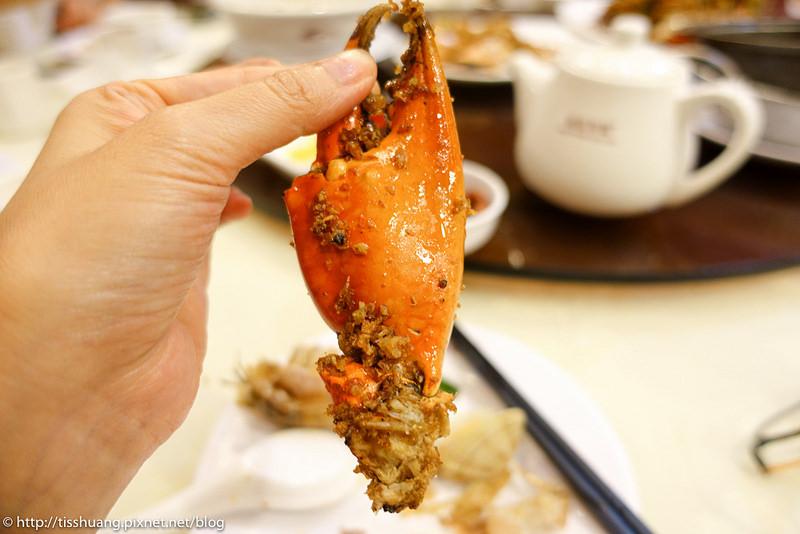 [Tiss玩味食尚]香港銅鑼灣必吃美食-2017橋底辣蟹二訪,越多人越好吃,瀨尿蝦也超好吃