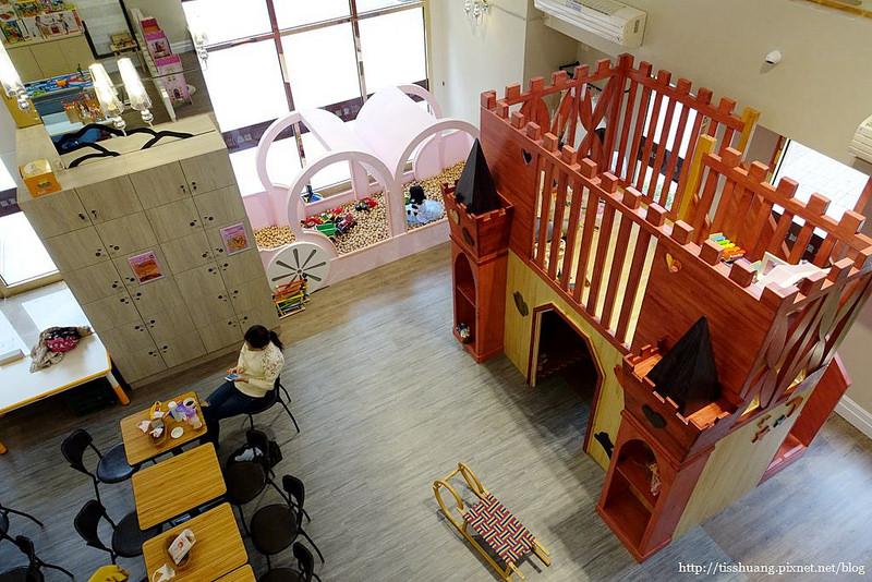 童趣城堡館082